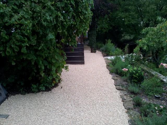 nachher: Gartenweg, Garten-Boss, Stuttgart