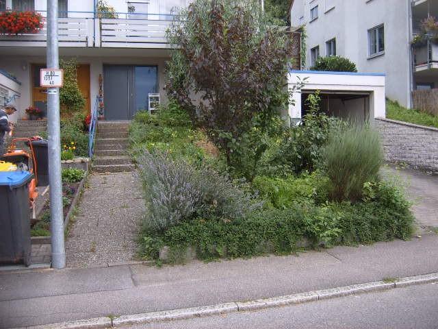 vorher: Haus-Eingang, Garten-Boss, Stuttgart