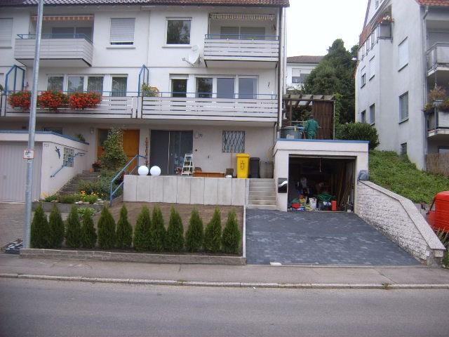 nachher: Haus-Eingang, Garten-Boss, Stuttgart